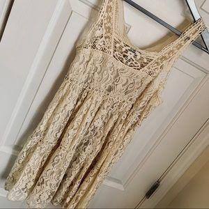 PINKY, Ivory lace ruffled dress, Sz Med